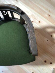 緑の回転椅子 張り替え後