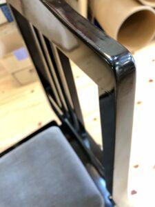 グレーのピアノ椅子 タッチアップ