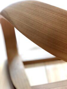 Legless Chair 肘部曲線