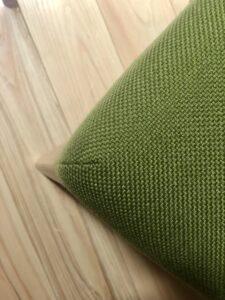 北海道の椅子_角